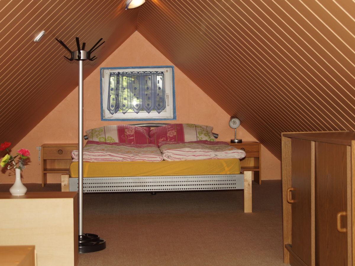 ferienhaus im gr nen r gen halbinsel wittow familie. Black Bedroom Furniture Sets. Home Design Ideas