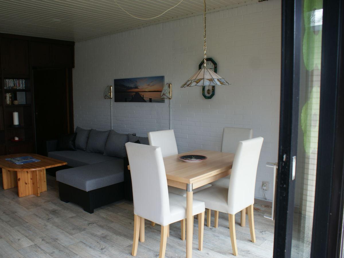 ferienhaus nordseekrabbe butjadingen tossens frau. Black Bedroom Furniture Sets. Home Design Ideas