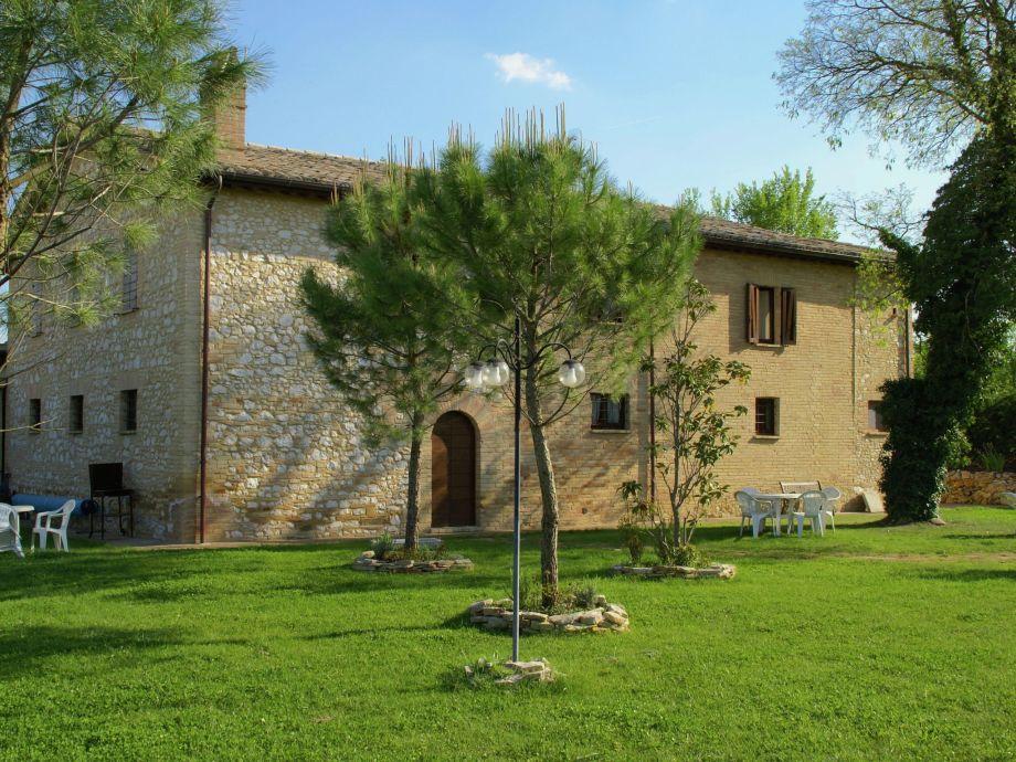 Außenaufnahme Villa Cantastorie