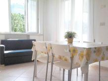 Ferienwohnung Appartamento Ceccarini