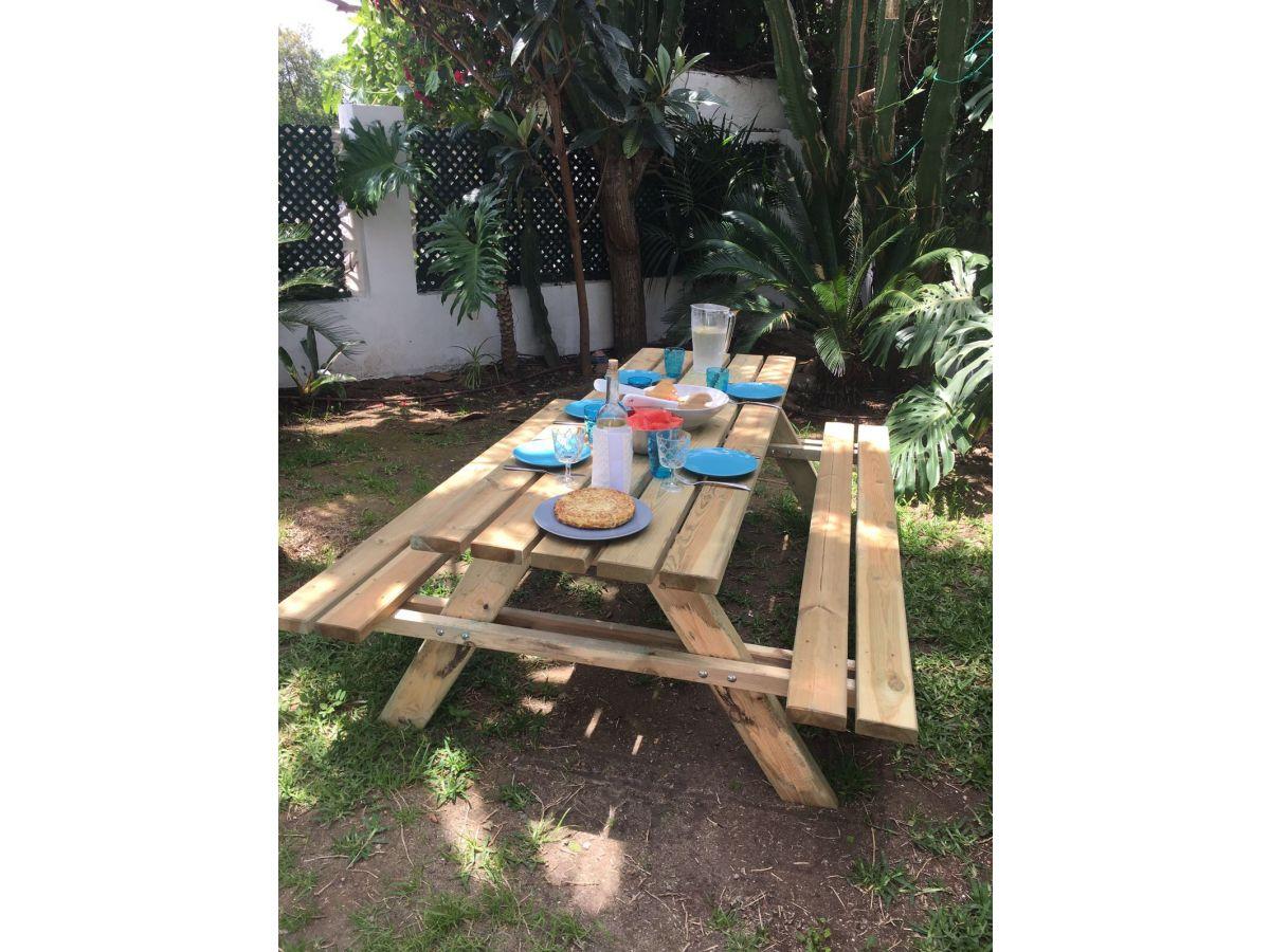 Ferienhaus jardin de los pinos marbella costa del sol for Capillas de velacion jardin de los pinos