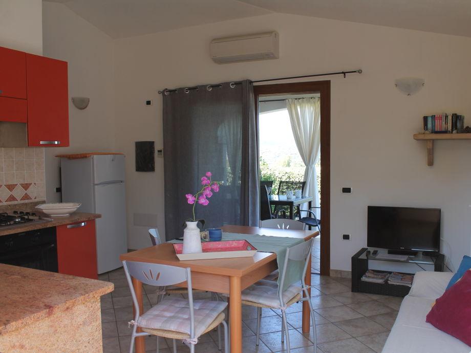ferienhaus casa da monica budoni strand frau sandra. Black Bedroom Furniture Sets. Home Design Ideas