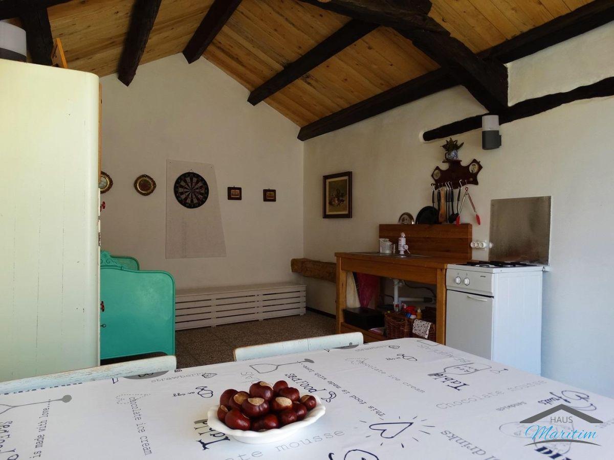 ferienhaus ruzmarin sv lovrec istrien kroatien firma haus maritim frau natascha vasilj. Black Bedroom Furniture Sets. Home Design Ideas