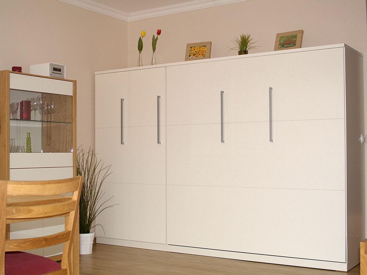 ferienwohnung penthousewohnung 12 cuxhaven firma elke. Black Bedroom Furniture Sets. Home Design Ideas
