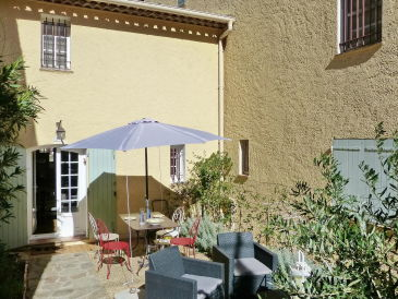 Holiday apartment directly in La Garde-Freinet near Saint-Tropez