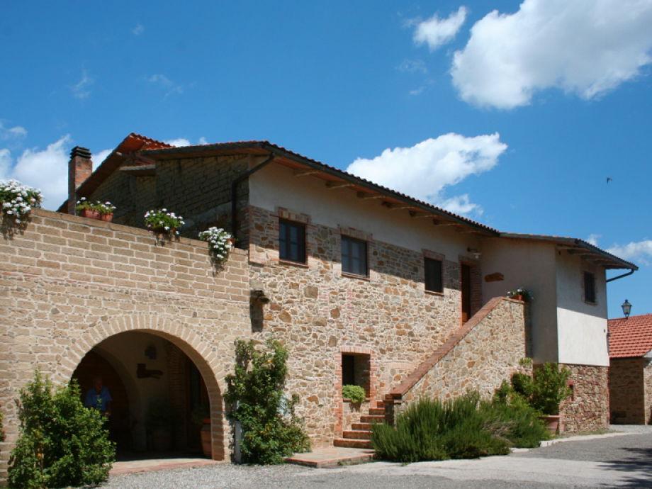 Ein Blick in den Weiler vom Il Mandorlo