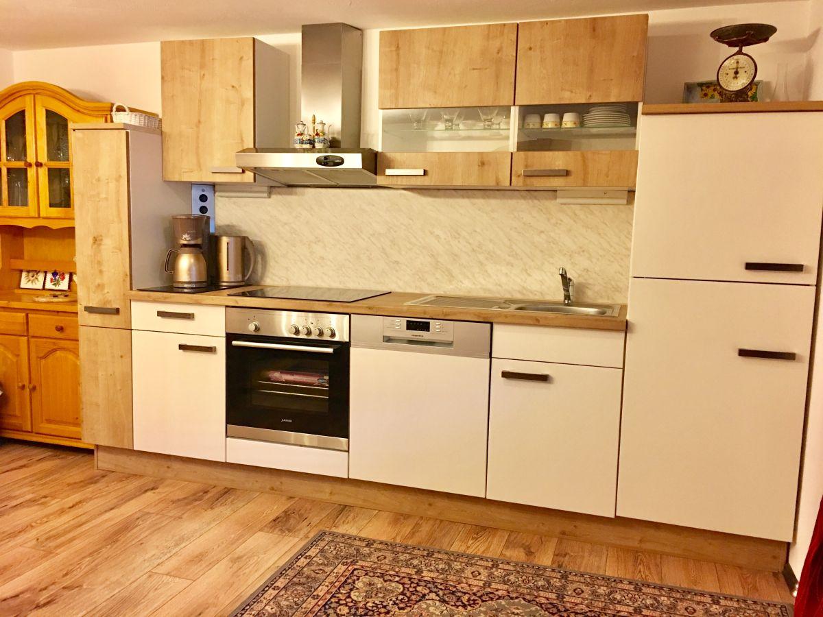 ferienhaus landhaus bergheimat allg u firma ferienwohnungen familie monika peter reschke. Black Bedroom Furniture Sets. Home Design Ideas