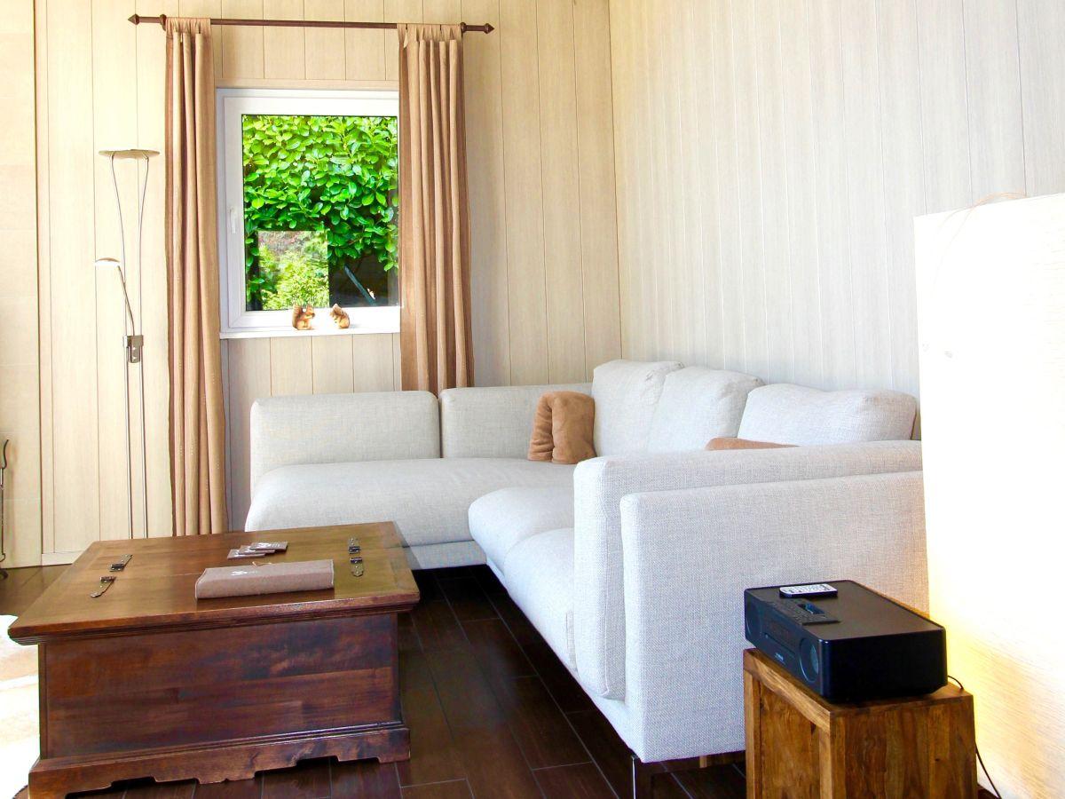 wellness chalet holzhaus mit privatsauna und kamin nordeifel firma herrliche aussichten. Black Bedroom Furniture Sets. Home Design Ideas