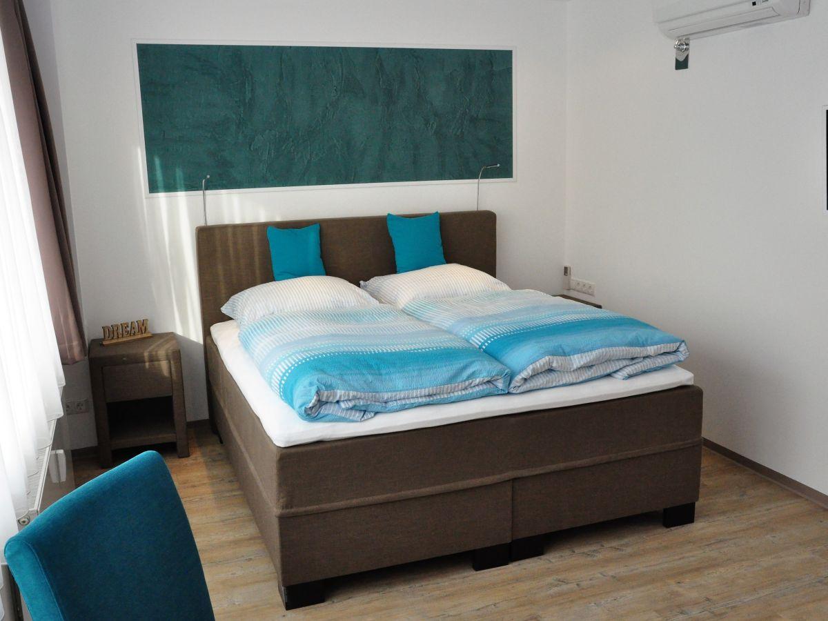 apartment am freizeitpark komfort frankfurt frau anja maurer. Black Bedroom Furniture Sets. Home Design Ideas