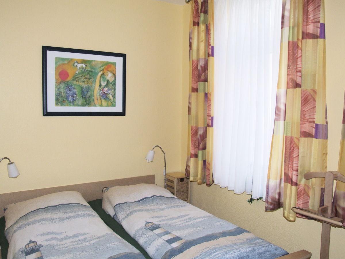 Ferienwohnung haus sylke norderney firma korves - Spiegelschrank schlafzimmer ...