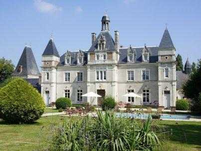 De Saint Georges Château de Launay