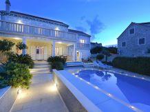 Villa Villa Daniela-Beach