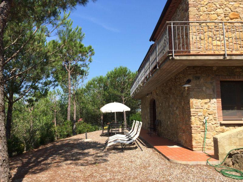 Ferienwohnung Riparbella La Pinetina 2 camere 2 bagni