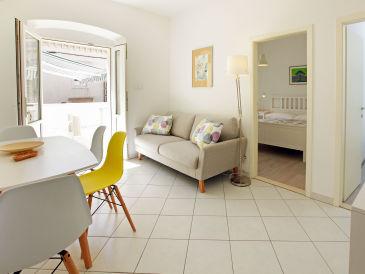 Holiday apartment Bol centre-Riva Mare 2