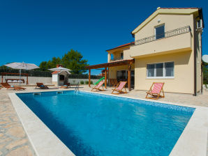 Holiday house Villa St Grgur