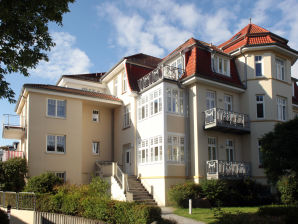 Holiday apartment Dünenstrasse 2