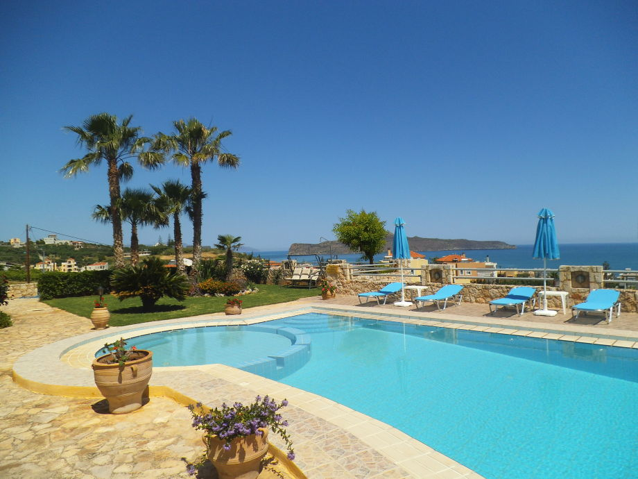 Pool & Panorama