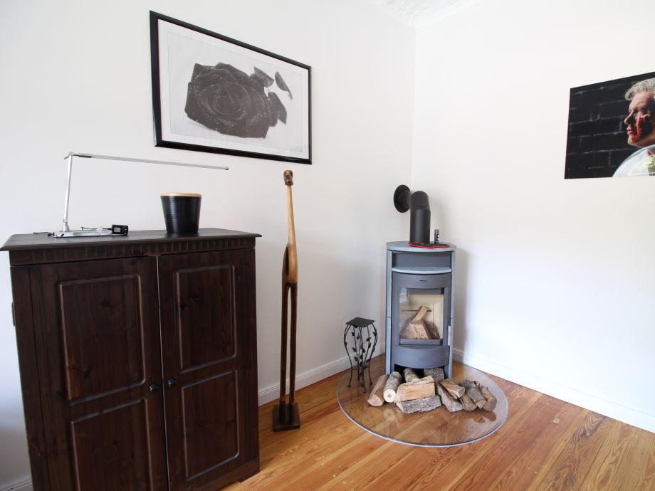 ferienwohnung 110 m altbau schanze mit kamin und balkon. Black Bedroom Furniture Sets. Home Design Ideas