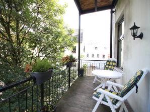 Ferienwohnung im Herzen von St. Georg | 80 m² | Balkon | Hauptbahnhof