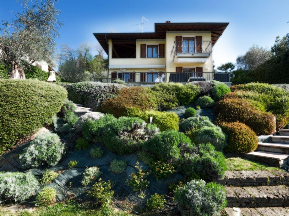 Außenaufnahme Villa Olympia