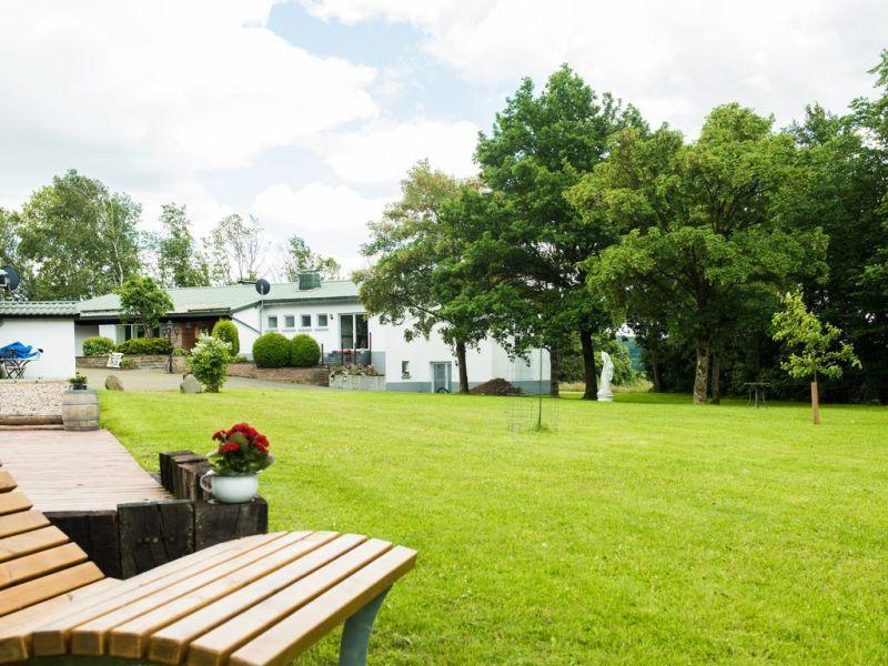 Holiday apartment Ferienhof Weites Land - Ferienwohnung Wald