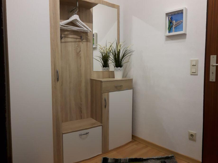 Ferienwohnung schiffsblick wangerland horumersiel for Garderobe im flur