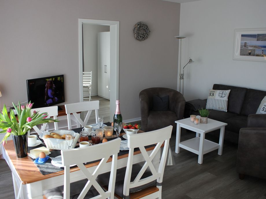appartementhaus blanker hans ferienwohnung 6 b sum firma holmer dreessen gmbh frau walzer. Black Bedroom Furniture Sets. Home Design Ideas