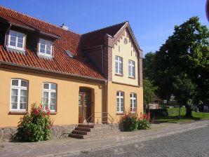 Ferienwohnung Urlaub im Rosengarten Nahe Boltenhagen