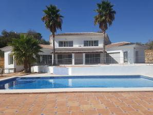 Ferienwohnung Villa Nibo