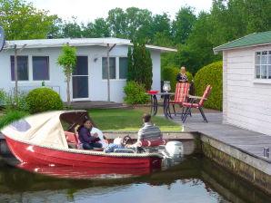 Ferienhaus & Boot in Lemmer (D7)