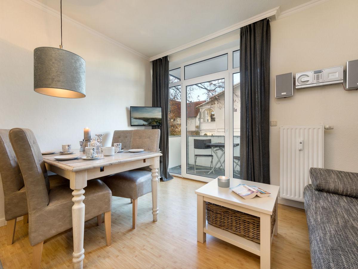 ferienwohnung 14 residenz d nenstra e binz firma appartement vermittlung ott frau edda sandmann. Black Bedroom Furniture Sets. Home Design Ideas