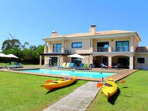 Villa 67 by Soltroiavillas