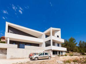 Apartment Anita Vela Luka