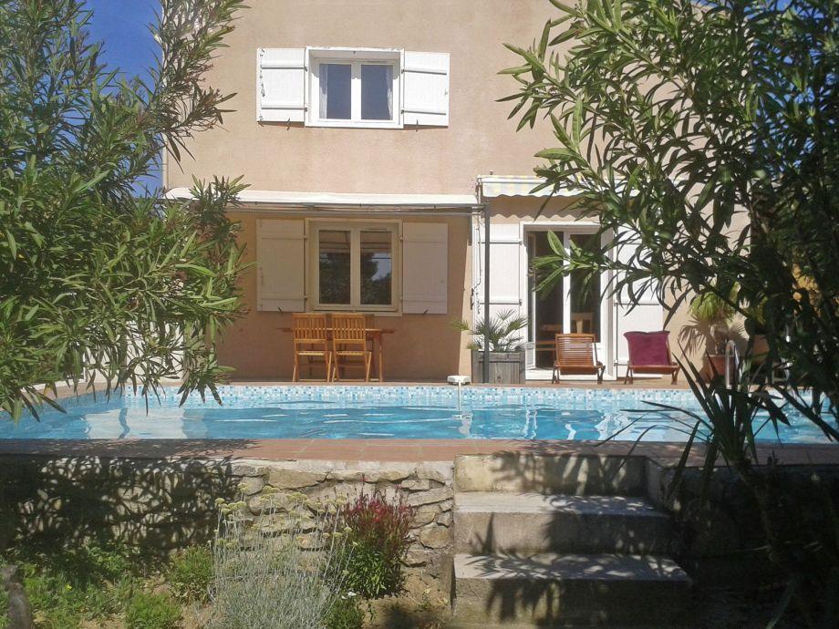 Außenaufnahme Villa Clarensac Piscine