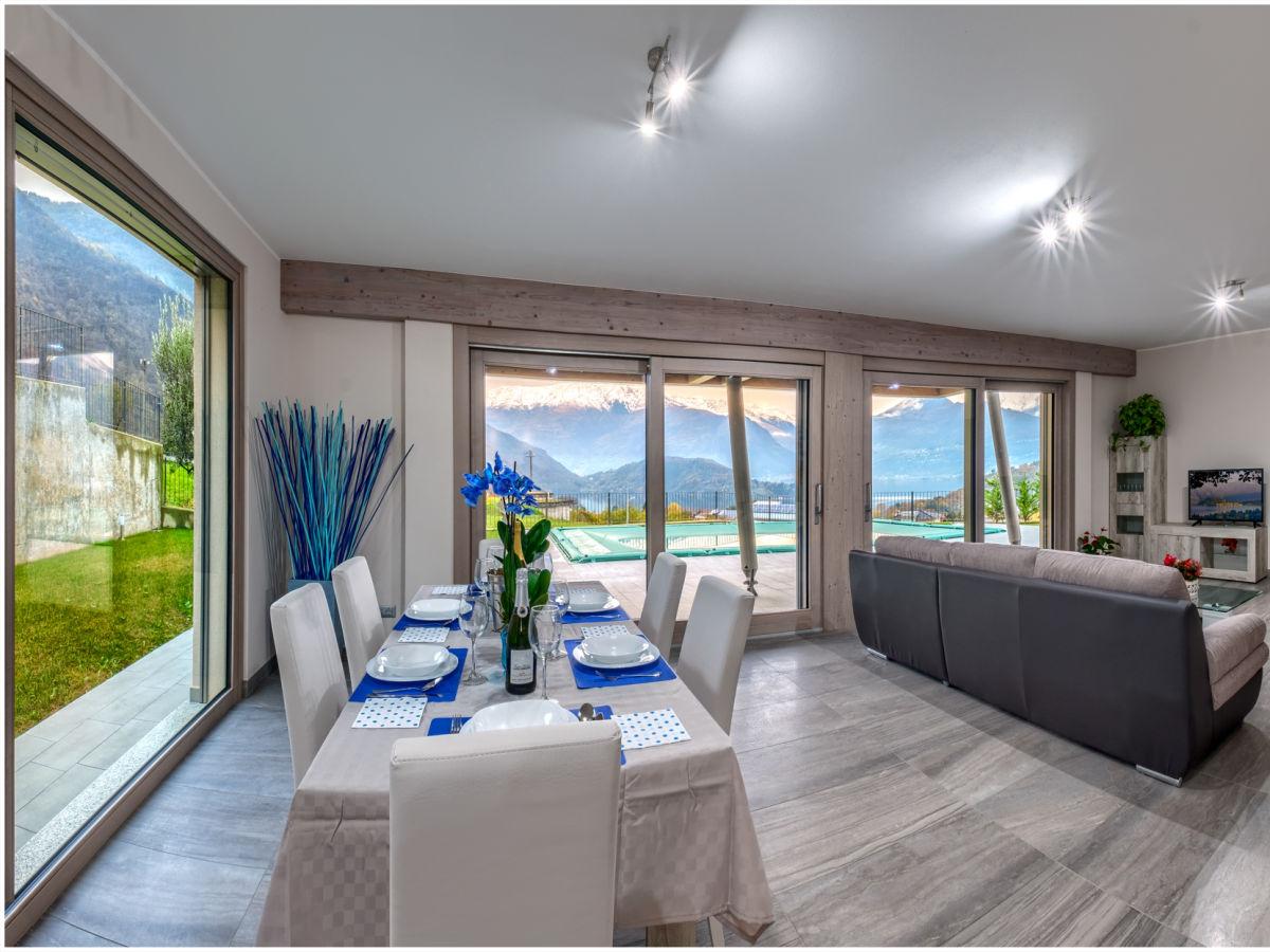 Ferienhaus villa harmony colico comersee firma paredil for Wohnzimmer mit esstisch