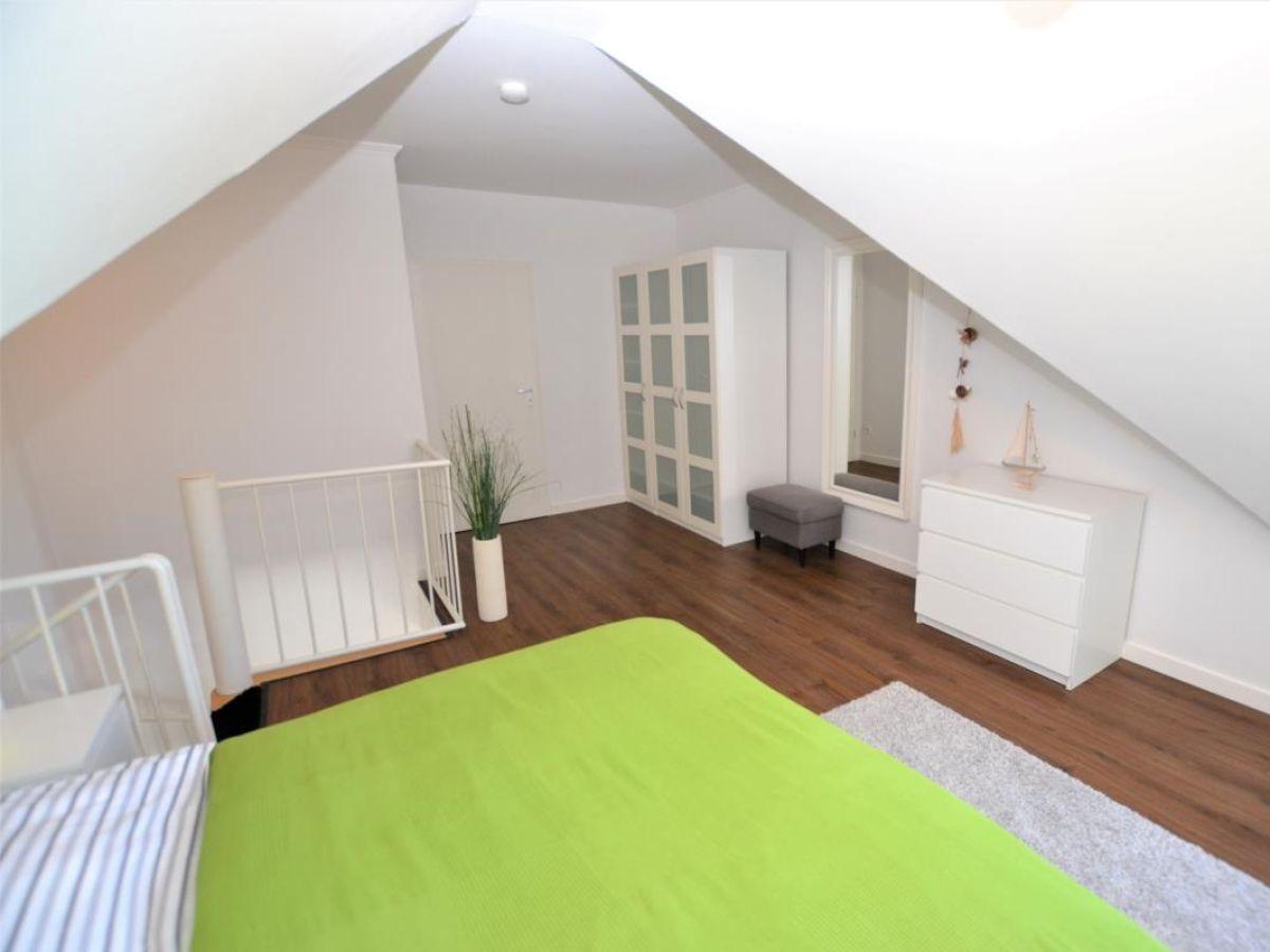 ferienwohnung sonnendeck niendorf ostsee firma flachsenberger immobilien kontor frau. Black Bedroom Furniture Sets. Home Design Ideas