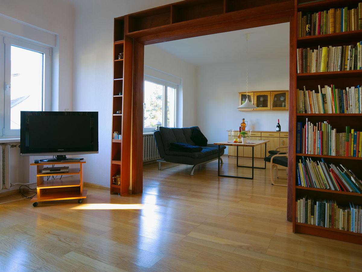Ferienhaus erika berlin potsdam schwielowsee caputh - Bibliothek wohnzimmer ...