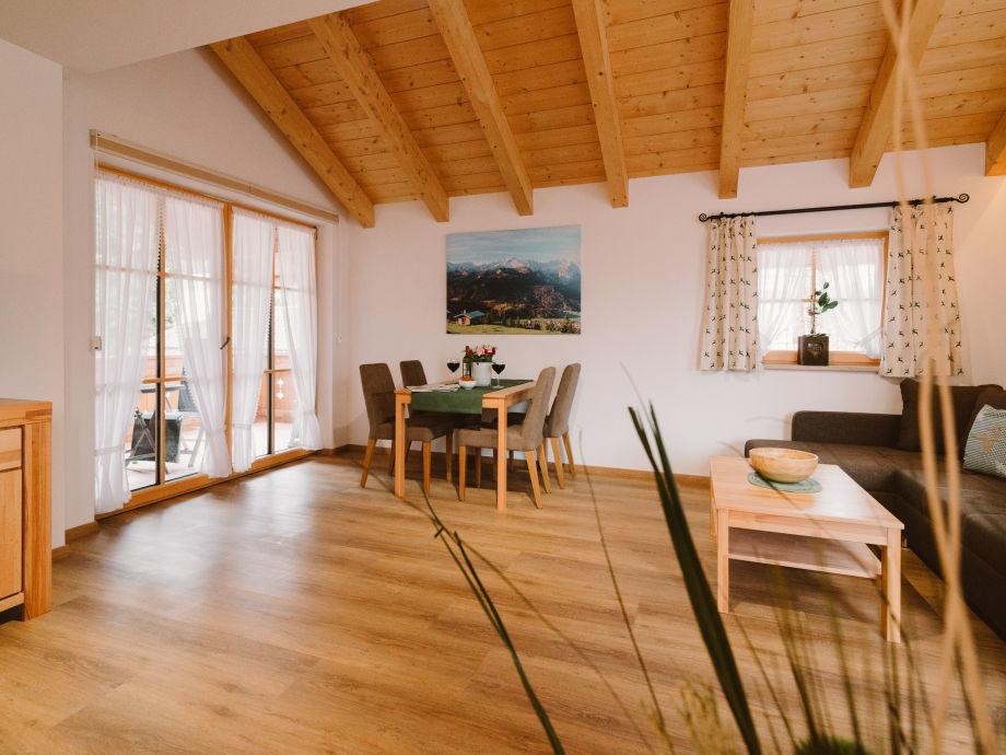 Haus am kramer ferienwohnung kramer zugspitzland for 55 qm wohnzimmer