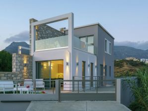 Ferienwohnung Villa Irida