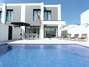 Villa Alberes 97 B - 12457