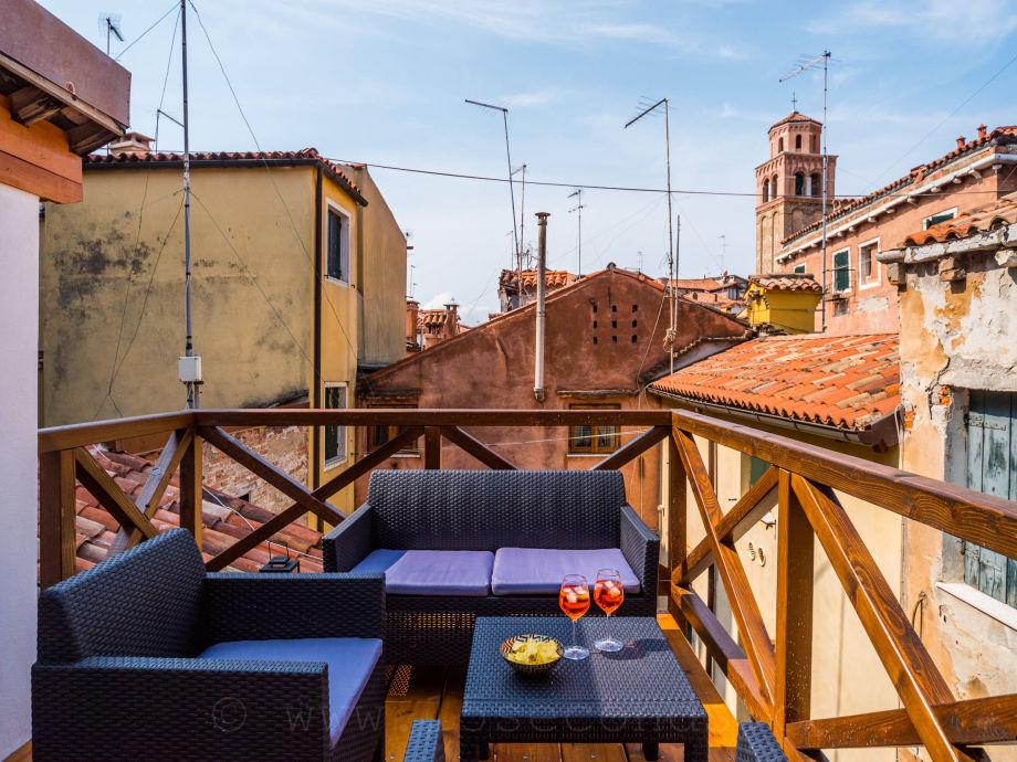 Altana roof top terrace