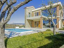 Villa Fresco