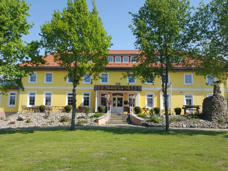 Ferienwohnung Gutshof am See