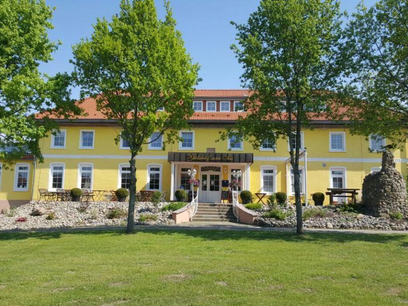 Ferienwohnung Hofblick - Gutshof am See