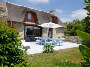 Ferienhaus Chaumière -Bruyere- in St. Guènolè am Meer