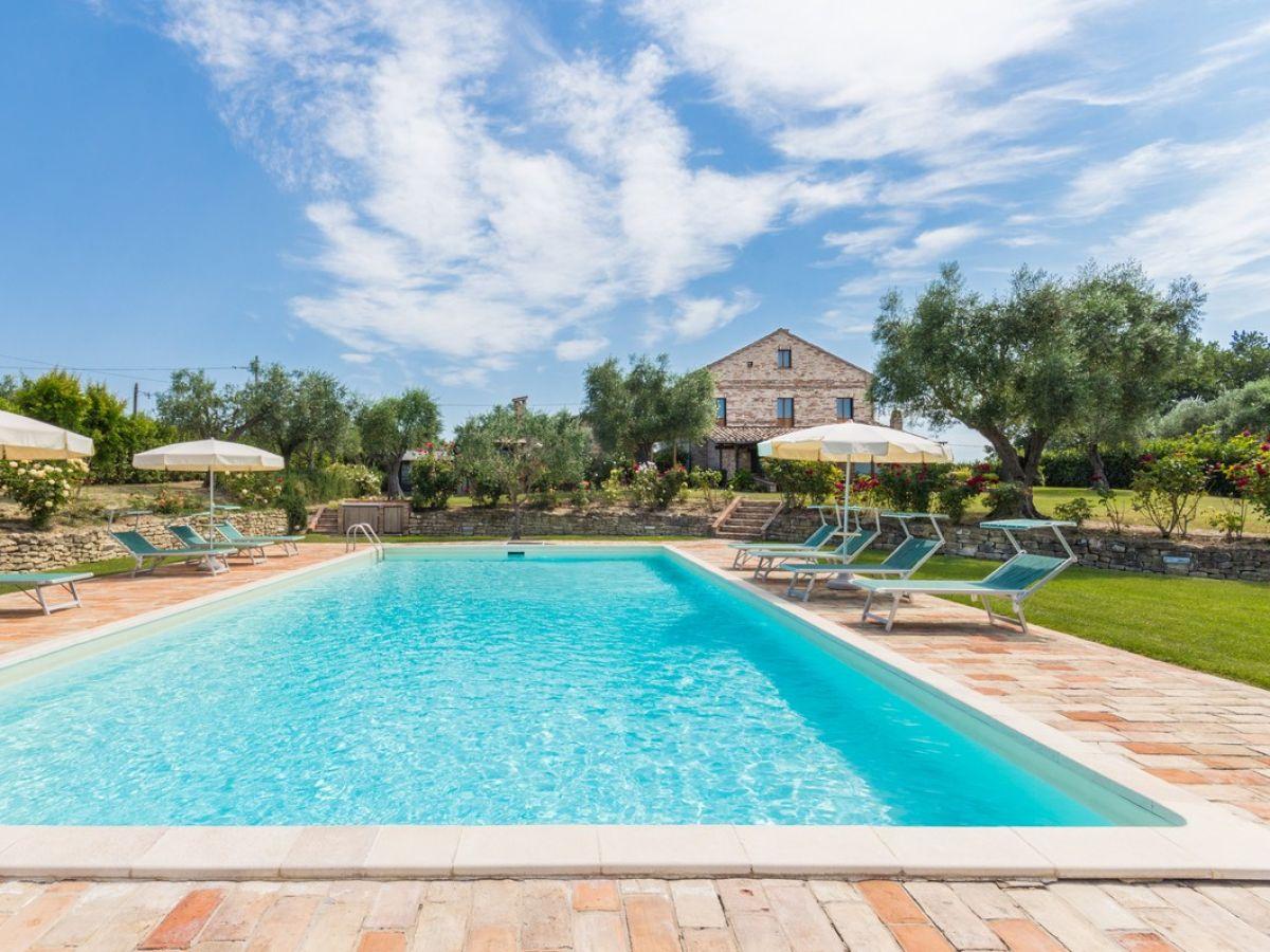Villa Mici, Fermo, Marken - Firma Italy Holidays Rentals - Mr ...
