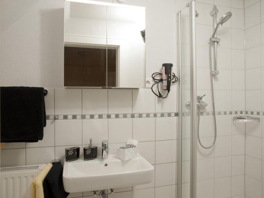 ferienwohnung elbdeich 1 altes land gr nendeich frau gabriele mieschendahl. Black Bedroom Furniture Sets. Home Design Ideas