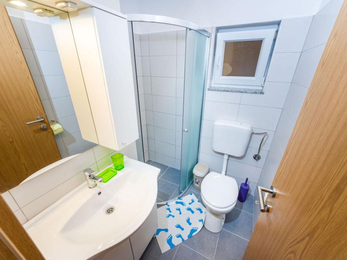 ferienwohnung saphir dalmatien firma kroati reisen gmbh co kg herr michael m ller. Black Bedroom Furniture Sets. Home Design Ideas
