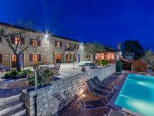 Villa Kluni