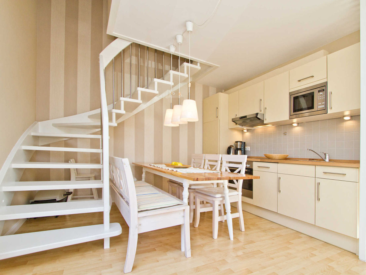 ferienwohnung 12 die moderne im haus auf dem h gel usedom seebad heringsdorf firma. Black Bedroom Furniture Sets. Home Design Ideas